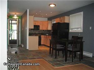 Beautiful top-of-the-line Gimli condo in complex with pool and amenities