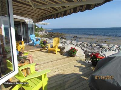 OCEAN SURF COTTAGE  - IT'S ALWAYS MAGIC ON THE OCEAN