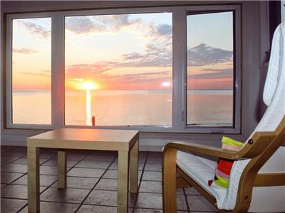 Beresford Beach House - Oceanfront Gem - 4 Seasons - WIFI