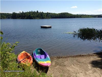 Sandy Cove Cottage Lac Gauvreau