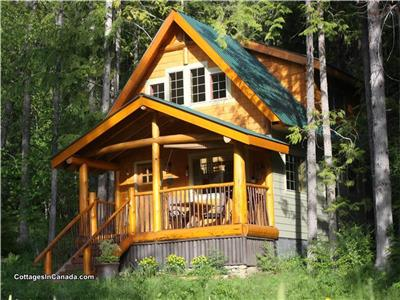 Kootenay Lake Wedgwood Estate Cabins, Family/Pet friendly, Weekly rates. Crawford Bay.