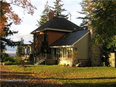 Winery Farm House near Picton,  Prince Edward County, Spring/Fall Weekends, JulylAug. full week.