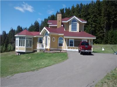 Deer Island Cottage Overlooks Natural Wonder Fundy Tides
