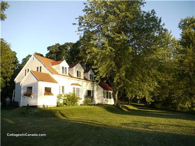 Beautiful Heritage Cottage with 3/4 Mile of Lakefront