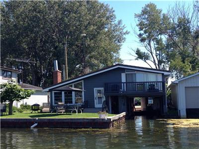 Old Cut Cottage Rental - Boats Welcome!!