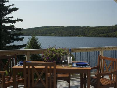 Waterfront Cottage. Ideal location for families or friends to explore and enjoy Nova Scotia