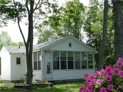 Bayfield Lake Front Cottage Rental at Bluewater Shores