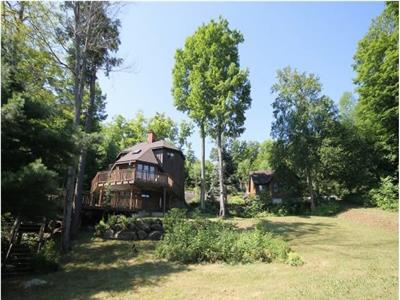 Private Lower Lake Rosseau Retreat