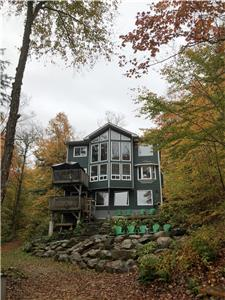 Muskoka Executive Cottage in Lake of Bays - WINTER WEEKS STILL AVAILABLE