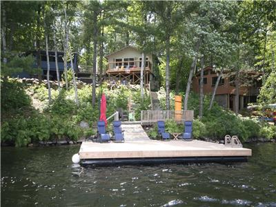 Private 3 cottage family compound in Muskoka. 9 bedrooms. Great fishing...Perfect for families!