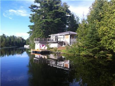 Affordable Family Cottage- Includes Kayaks & Paddle Board!