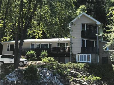 Fully Equipped Cottage on the Ottawa River - Renfrew County