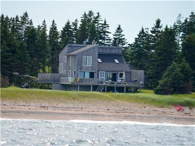 Cameron Beach Cottage