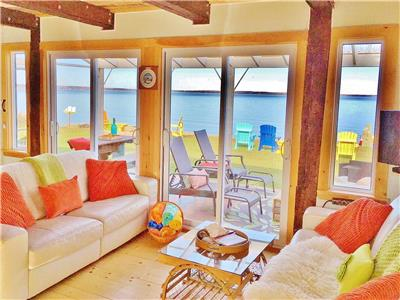 TRUE BEACHFRONT RENOVATED 2 LEVEL COTTAGE & BUNKIE ON BRULE SHORE-WARM SWIMMING, SANDBARS & SUNSETS!