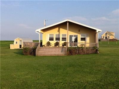 CHAYTER BEACH HOUSE at fantastic Cousins Shore, PEI - Renting for its 2nd season 2017!