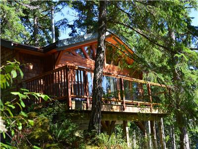 Cabin on the Cove, Quadra Island vacation rental, BC coast waterfront cabin
