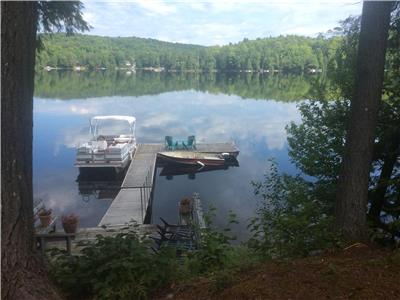 Exquisite 3 bedroom cottage on pristine Kennisis Lake