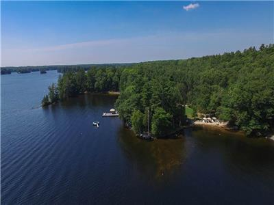 MUSKOKA FAMILY COMPOUND & ESTATE. 3 ACRES, 600ft SHORELINE, 100ft SAND BEACH & SO MUCH MORE