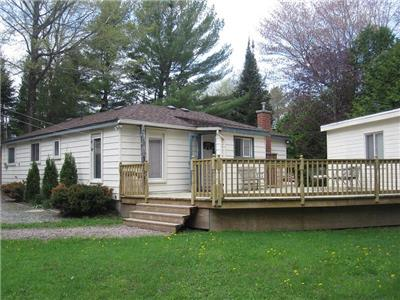 This FULLY WINTERIZED property has something for everyone! Beautiful Fenelon Falls