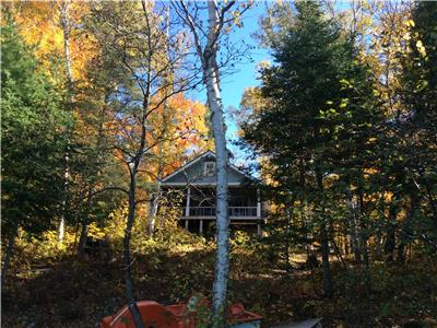 Lakefront Cottage for Rent - Fall Get Away