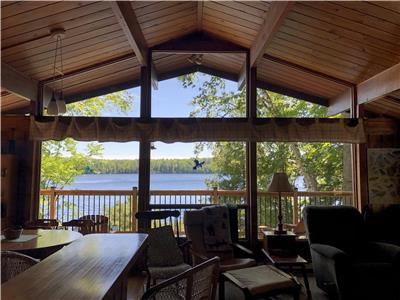 Chandos Lake - Beautiful South Bay location