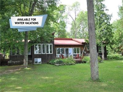 4 Mile Lake - Kawarthas - A cottage for families to make memories
