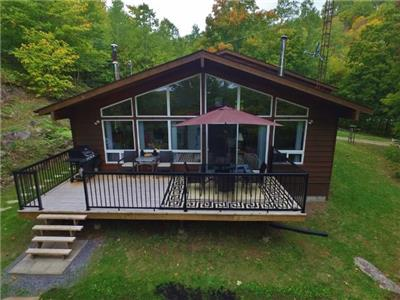 (423) Baptiste Lake, New cottage for 2017! WIFI here. Just ONE more week available here!