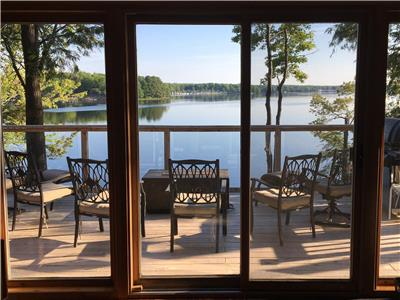 Kawartha Cottage on Upper Buckhorn ***2018 Rates Held for 2019 Summer Bookings until 12/31/2018***