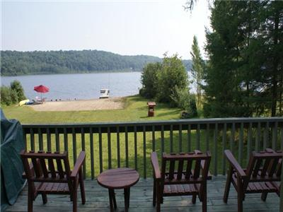 JULY 6 week open for rental!  Northshore Paradise-Cozy cottage on quiet lake with private beachfront