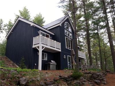 Crystal Lake Cottage Rental * Sunday to Friday Special rate available. Ask us.