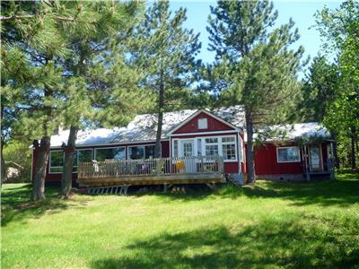 Northern Ontario cottage near Chapleau