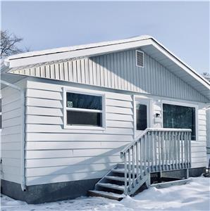 2019 GIMLI WINTER  ACCOMMODATION(WEEKDAY $110.00)(WEEKEND $240.00 5 GUESTS,FRI-SUNDAY 2 NIGHT STAY)