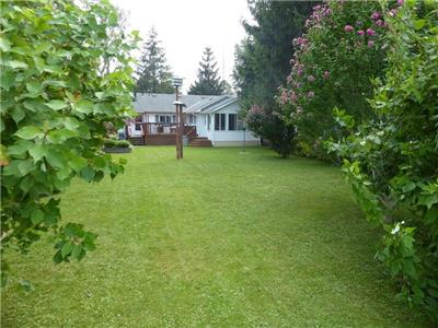 Long Point Cottage (Lake Erie) - Beautifully Renovated 2 bedroom 2 bath cottage