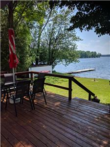 Thanksgiving & Fall season availability - Upper Buckhorn Waterfront cottage & Guest bunkie
