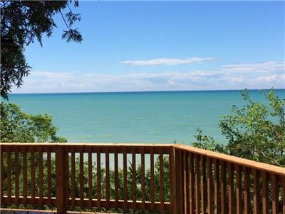 Beautiful Beachfront Cottage - Rustic and Private - on Lake Huron