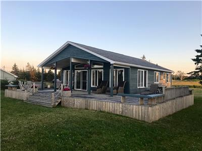 Beautiful Ocean front cottage near Pictou, NS