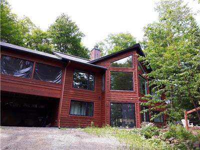 Ste Agathe , Laurentides  large cottage 2000 square feet sold all furnish