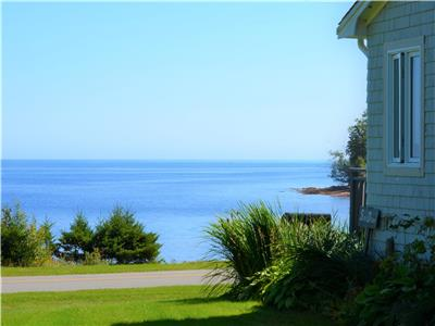 Shores of St. Andrews Cottages - Stunning waterviews, immaculately kept - all the comforts of home!