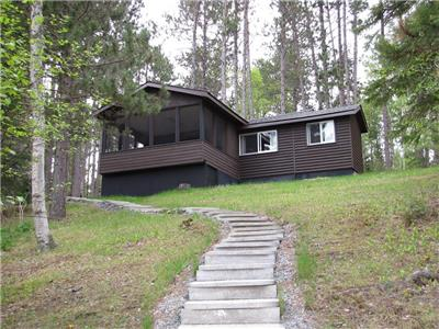 Private 2 bedroom Cottage with sand beach in North Western Ontario on the famous Indian Lake Chain