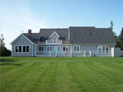 Cape Tryon House - 6 bedroom, 3.5 washroom gem cottage with fantastic ocean view on PEI north shore