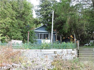 Tamarack Cottage -Bruce Beach Waterfront, Sandy Beach, Privacy and Seclusion