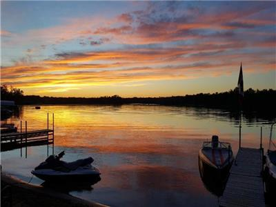 Cottage Rental 1.5 hrs From Toronto, in Quinte West on the Trent.