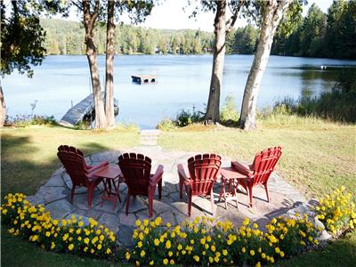 Canoe Cove - a great family cottage