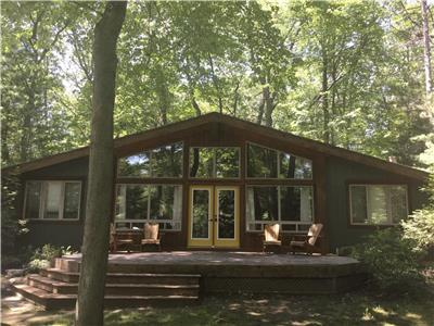 The Cabin in Southcott Pines- Proudly renting in GB since 2004!