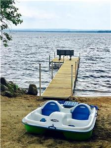 Turnkey Waterfront Resort > Executive Home + 4 Cabins - Sand Beach, Great Swimming - Sleeps 24+
