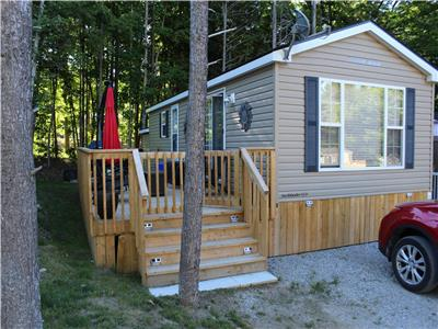 GREAT LOCATION! QUIET AREA IN SEASONAL COTTAGE RESORT WITH ALL THE AMENITIES