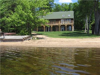 OCR - Adventure Bay Retreat (F210) on Oxtongue Lake, Huntsville, Muskoka, Algonquin Park, Ontario