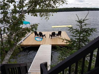 Family Cottage on Chandos Lake