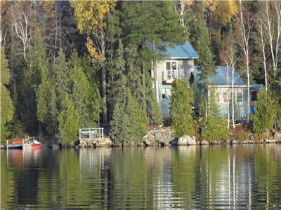 Private, Road Access, Waterfront Cottage 3 bed, 2 bath, 1540 sqft, Olive Lake, Temagami, Ontario