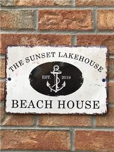 WELCOME TO THE SUNSET LAKEHOUSE ON BEAUTIFUL LAKE LOUISA